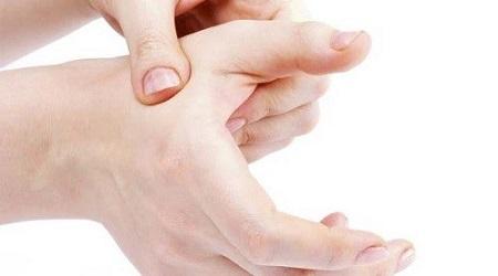 یوگا برای دست و مچ دست