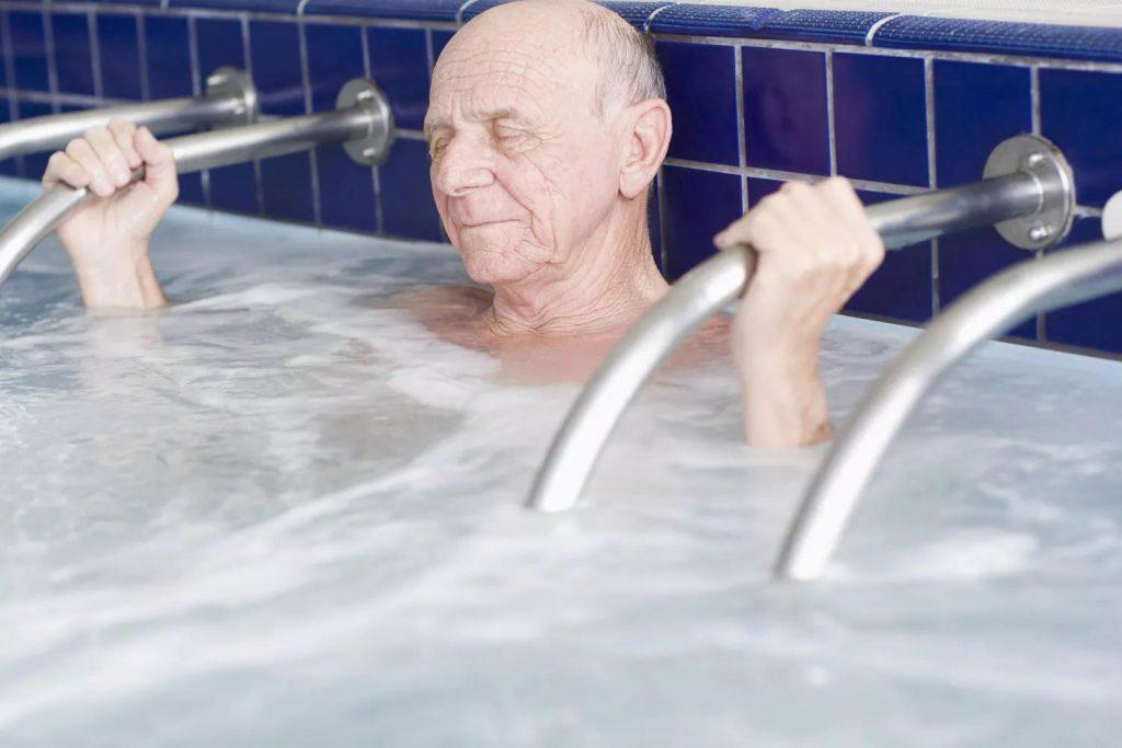 دستگاه آب درمانی