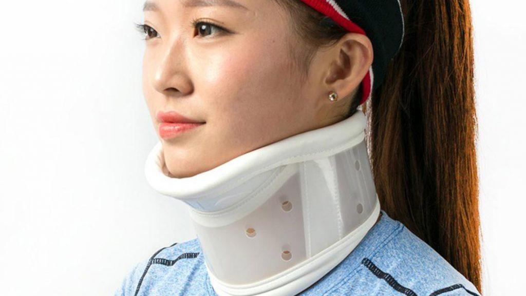 بریس یا نگه دارنده گردن