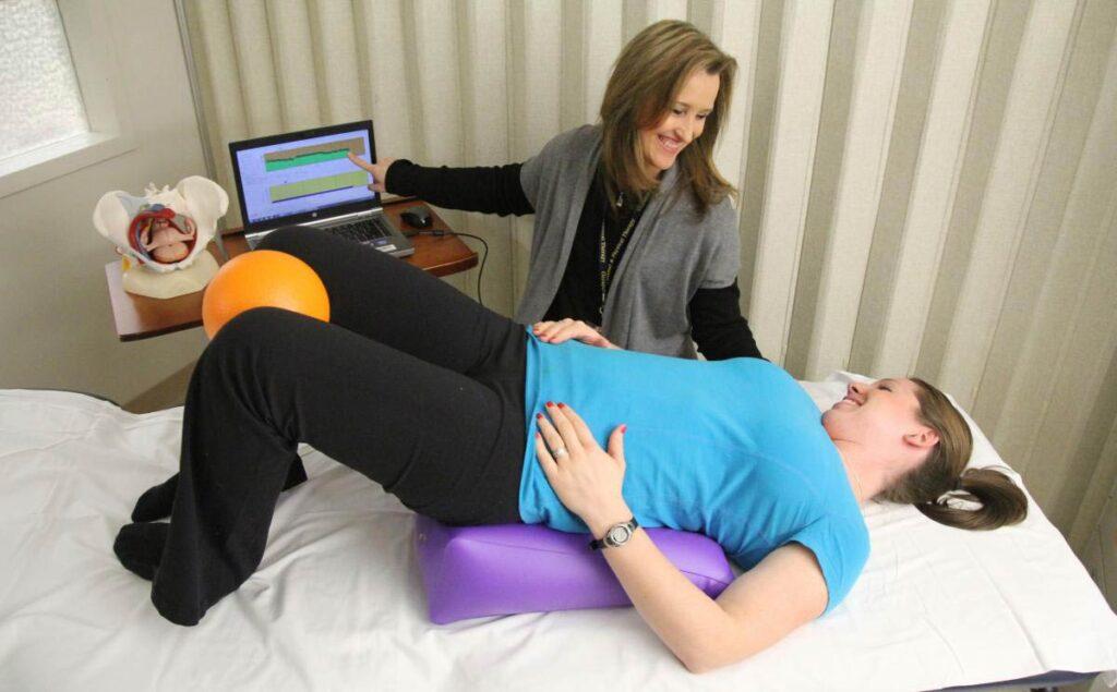 فیزیوتراپی و توانبخشی عضلات کف لگن